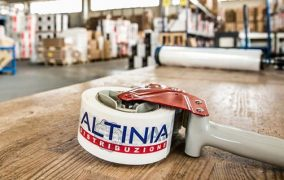 altinia